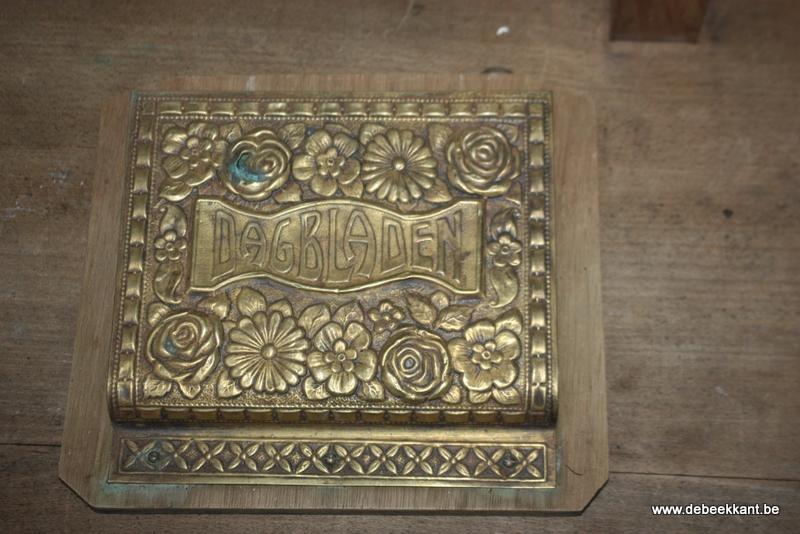 Antiek oud brocante brievenhouder rek koper en hout