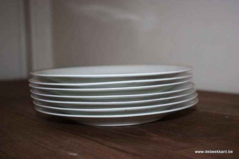 Set van 7 borden porselein Boch