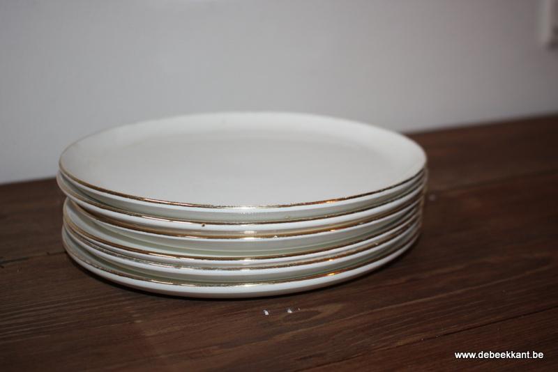 Set van 6 oude ontbijtbordjes dessertborden Boch Keralux