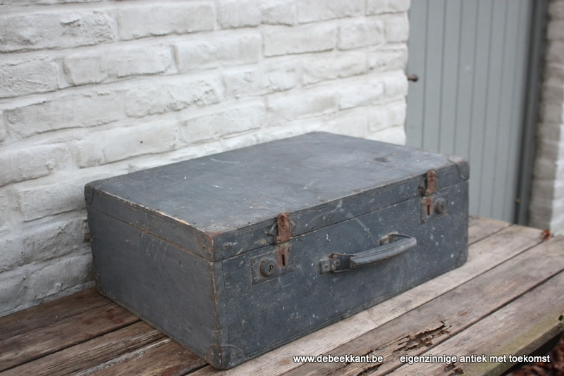 Antieke Franse houten reiskoffer