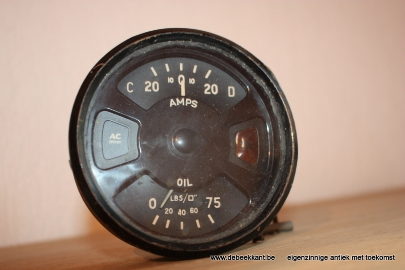 Antieke ampère meter oil