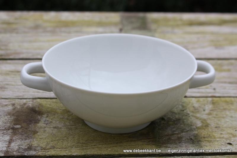 Antieke soepkom porselein Mosa Maastricht met oortjes