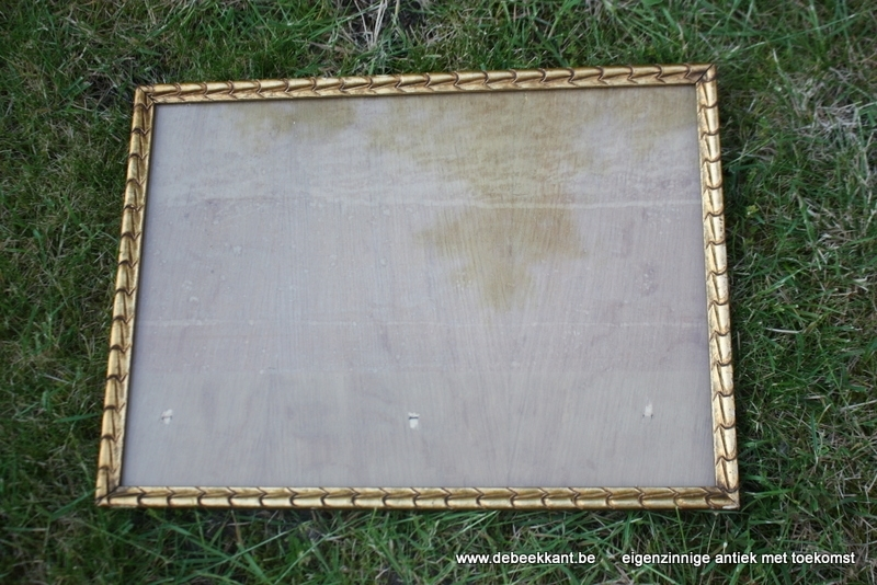 Antieke houten kader goudkleurig brons